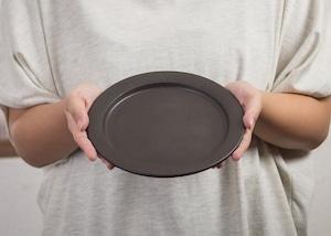 SHIROUMA 洋皿 18cm 黒(中皿・パン皿・ケーキ皿)/長谷川 哲也