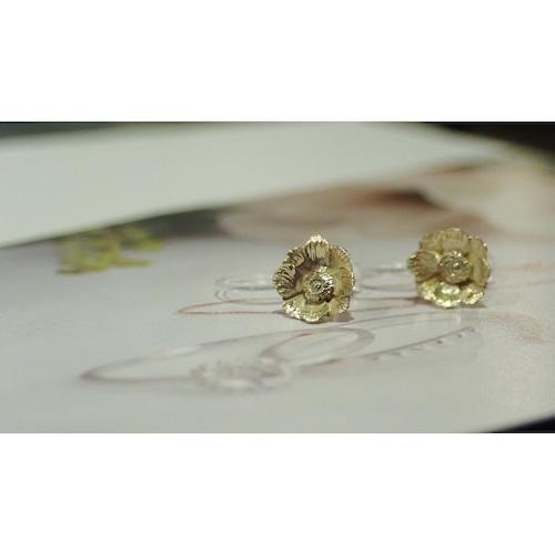 Anemone K10YG Clip-on Earrings