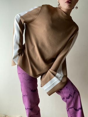 Line Long Sleeves Knit Top
