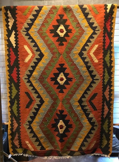 手織りのアフガンキリムラグ
