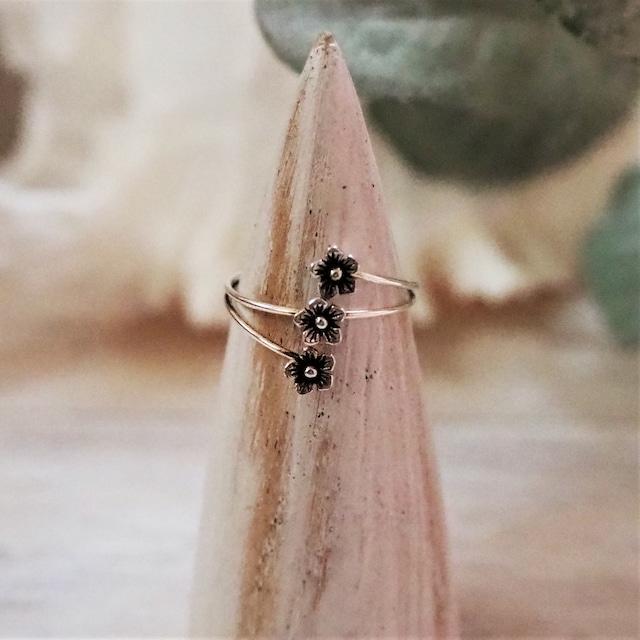 Triple Flower Ring《SILVER925》18380048【8号/10.5号】