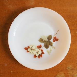 Arcopalのフラワープリントのお皿