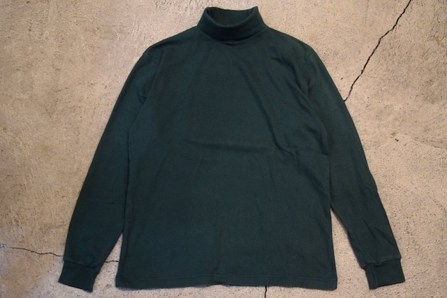 USED  80s Eddie Bauer Turtleneck Tshirt -Large  T0772