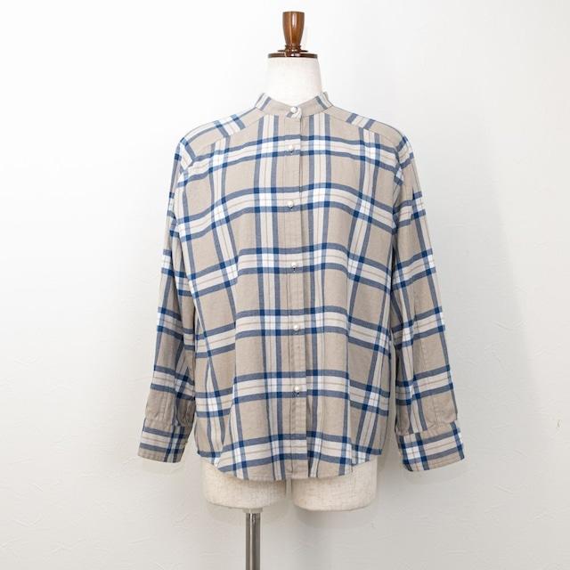 【PASSIONE/パシオーネ】パールボタンバンドカラーネルシャツ(グレージュ)