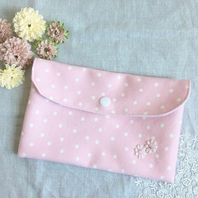マスクケース/ピンク色のドット柄