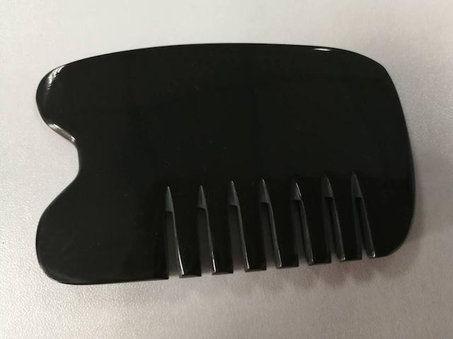 天然水牛の角 カッサプレート  くし形 B級品