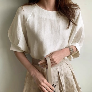 【送料無料】ボリュームスリーブホワイトシャツ T124