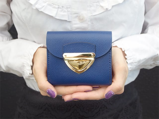 身軽にキメたい時のコンパクト財布 P式パーティーレザー・ロイヤルブルー