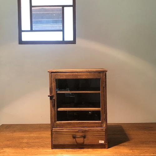 ガラス戸の小さな戸棚 木 シンプル アンティーク