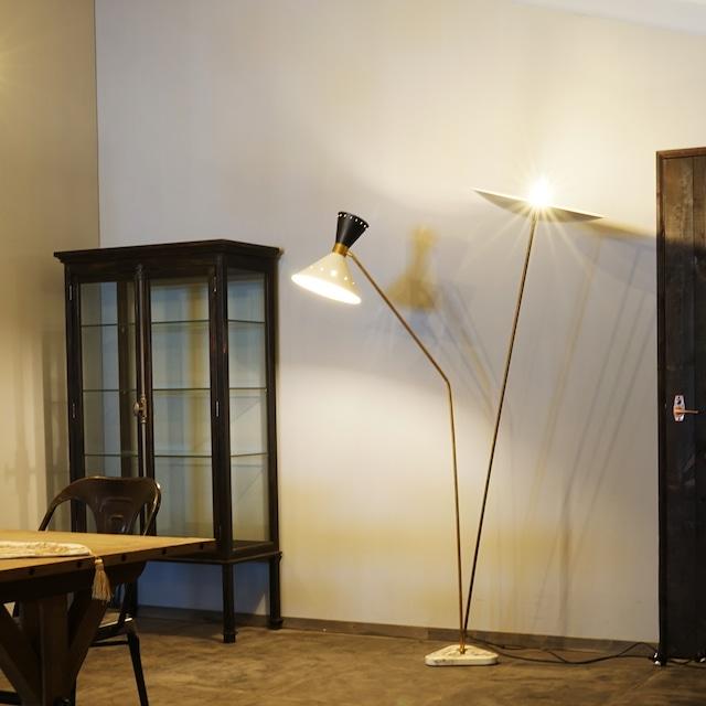 #01-18 stilnovo light stand lighting