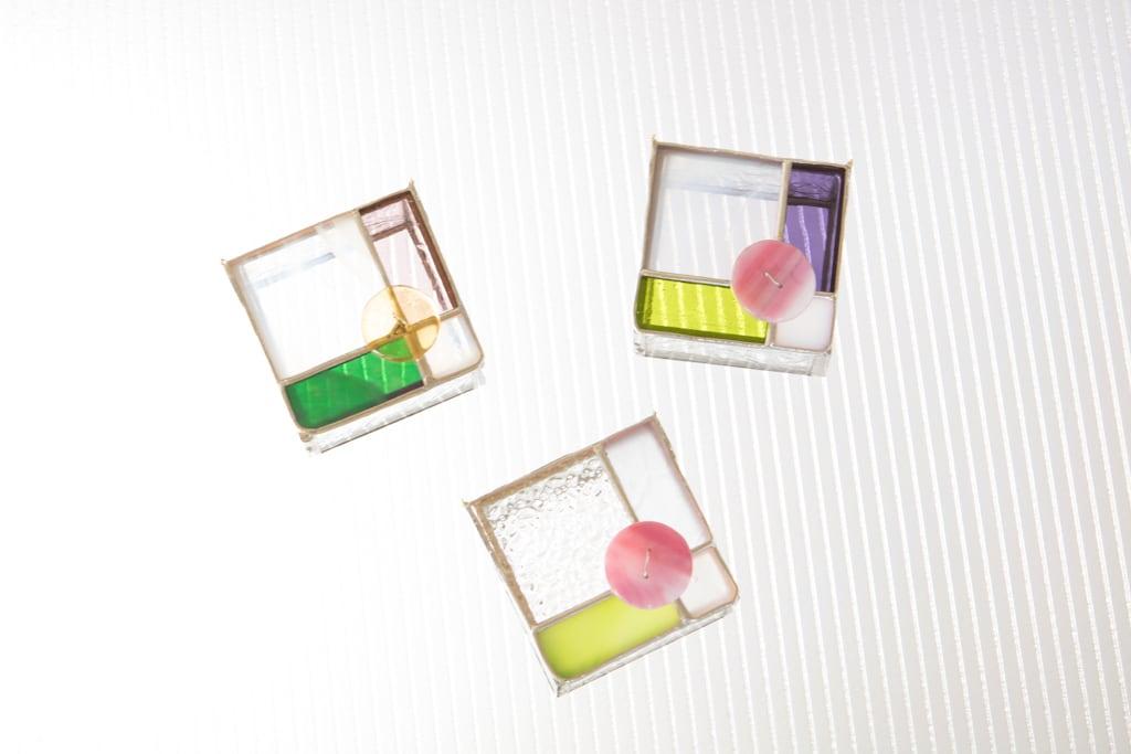 ボタン(ステンドグラスのボックス) 02020004