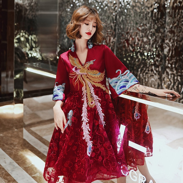 【唐装・漢服・秀禾服】結婚式ドレス 花嫁ドレス 撮影服 刺繍入り XS~4L 赤 レース ワインレッド