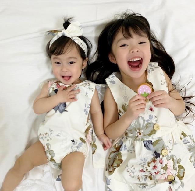 商品番号936 姉妹リンク ホワイト花柄