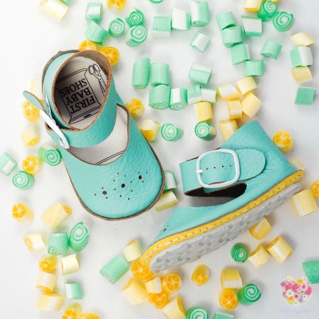 《First Baby Shoes》Model : NINA ファーストシューズ手作りキット Mint × Lemon