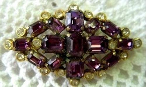 アンティーク紫ブローチ  英国 コスチュームジュエリー