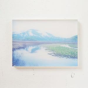 【mt.souvenir】山の透けるアクリルパネル/尾瀬ヶ原と至仏山(14×10cm)