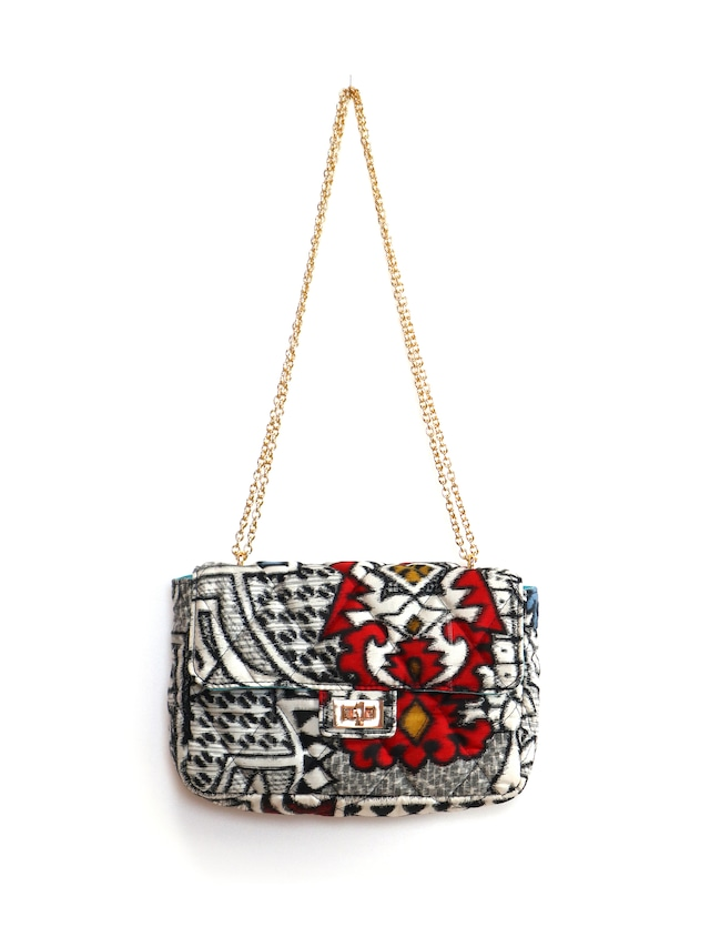 QUILTED CHAIN BAG - 05