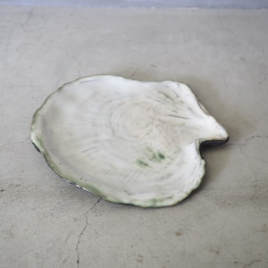 Oyster Pearl Plate OCT-045