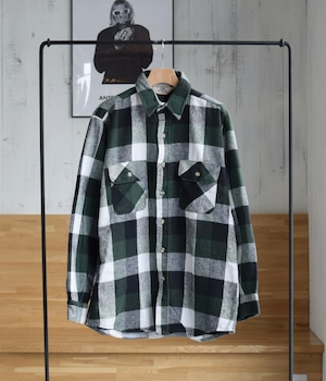VINTAGE 90s RED HEAD CHECK SHIRT