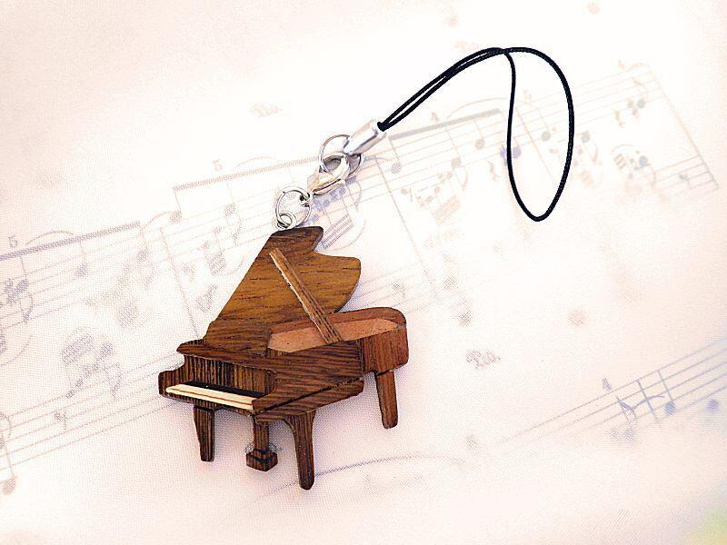 グランドピアノ 木製楽器ストラップ