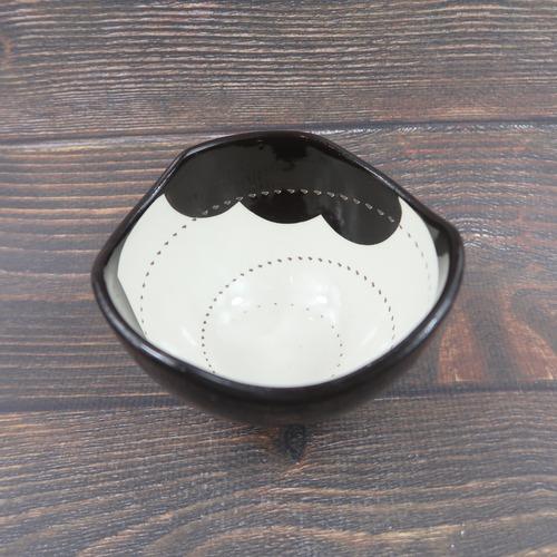小石原焼 4寸鉢 トビカンナ 外黒 中雲 鶴見窯