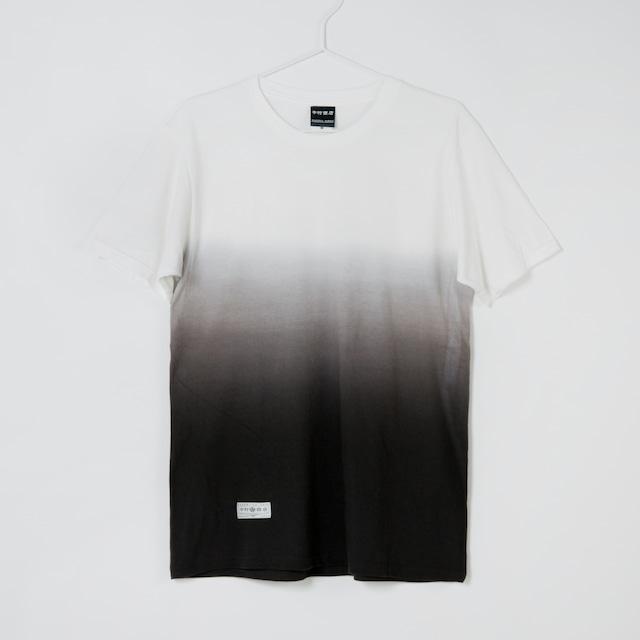 黒紋付染めTshirt 「黒暈 -くろぼかし(Black gradient)」2