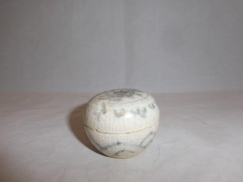 伊万里染付香合 Imari blue &white porcelain incense box(No3)