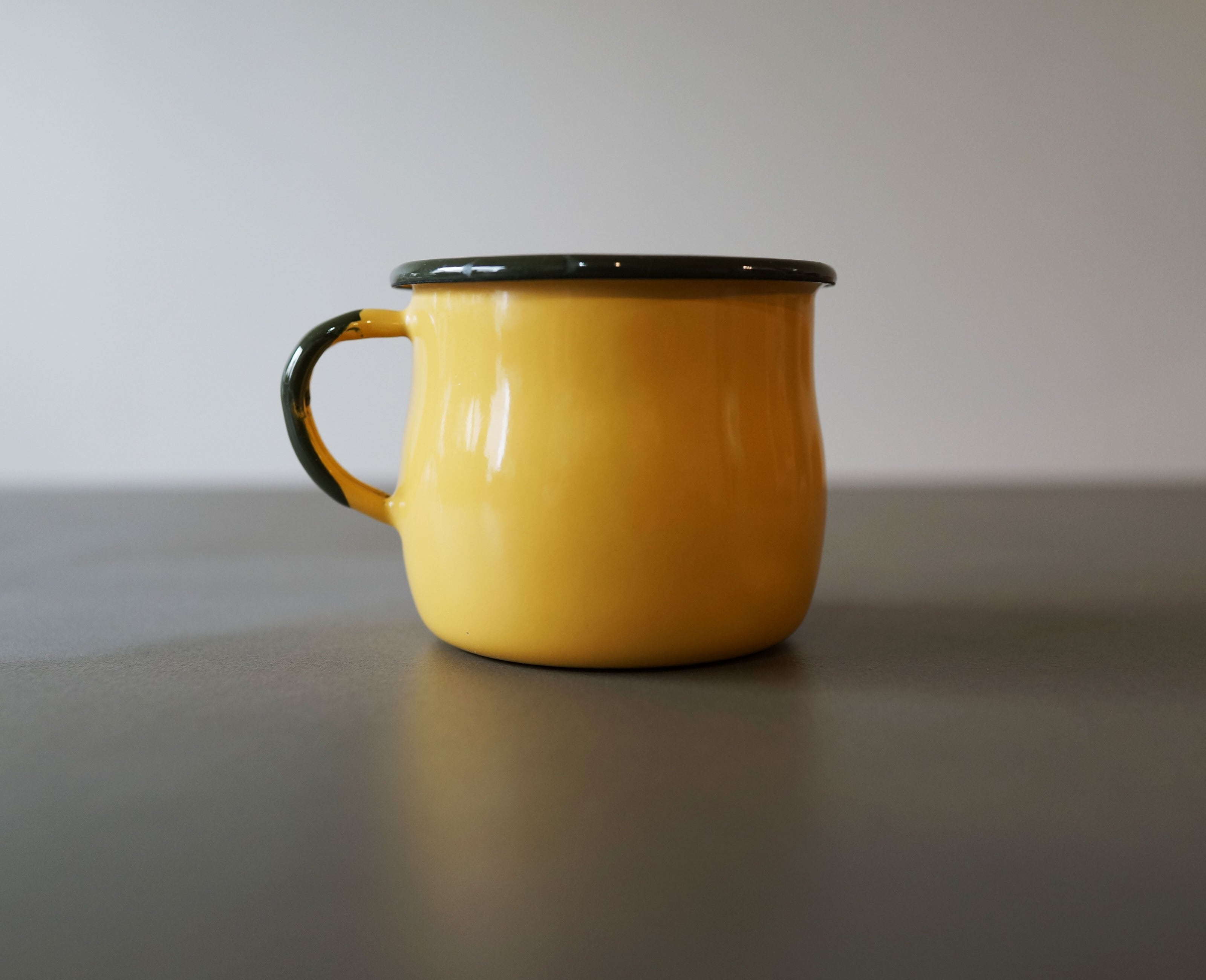 エマリアオルクシュ(emalia olkusz)Belied Mug 350ml イエロー