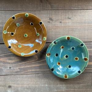 6寸皿一枚焼き/蝋抜き三彩