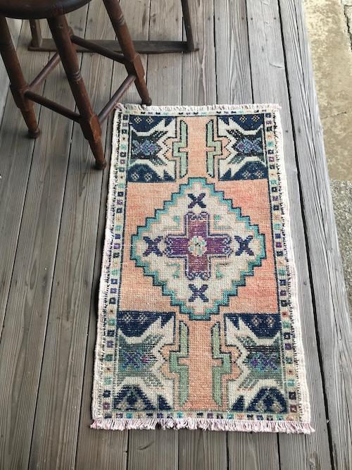ビンテージ トルコ 絨毯 ミニラグ 玄関マット D