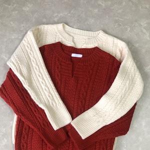 【IVORY:即納】スリットネックニットセーター