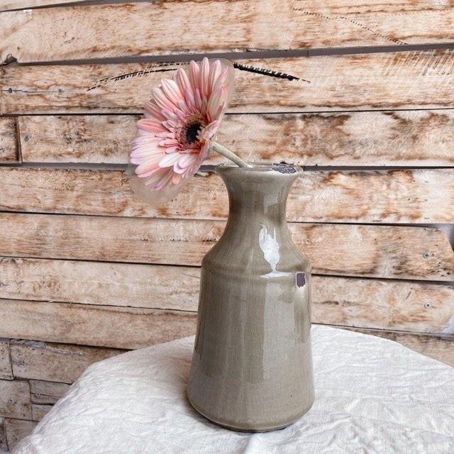 味わい深い陶器の花瓶 モカ