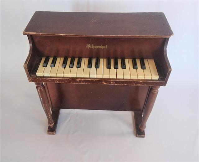 [vintage]schoenhutトイピアノ30鍵盤①