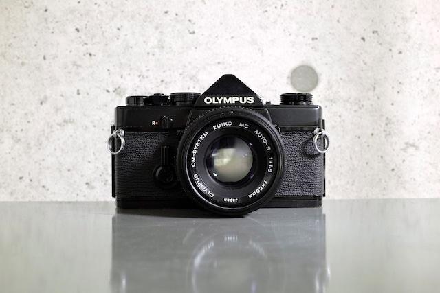 OLYMPUS OM-1 Black