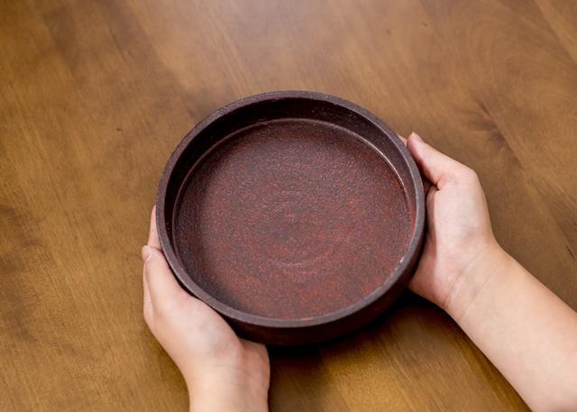 赤鉄5寸ドラ鉢(切立皿・ラウンドプレート・銅鑼鉢 )/吉永哲子
