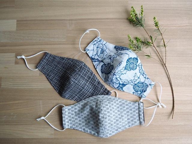 【受注制作】麻の浴衣の涼感ハンドメイドマスク 選べるリバーシブル グレー格子とブルーの型染+井桁の白絣