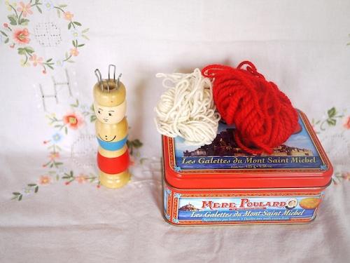 リリアン人形  tincan 缶入り 編み物ハンドメイド知育玩具 リリヤン