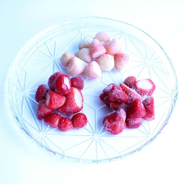 食べ比べ完熟冷凍苺「紅ほっぺ&淡雪&よつぼし 1.0kg × 3種類」化粧箱入|BERRY伊賀農園直送