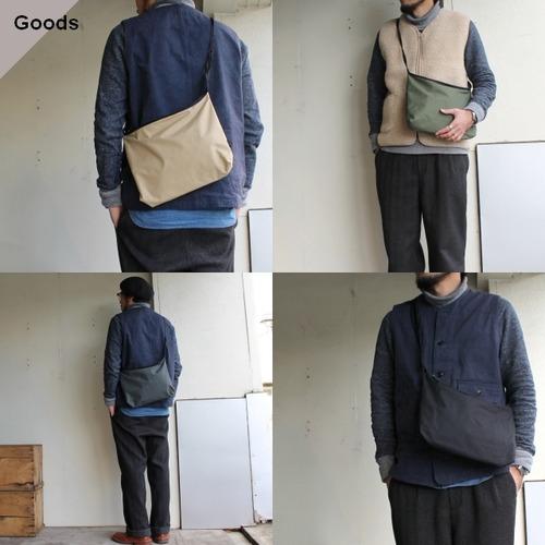 TOOLS ユーティリティショルダーバッグ Utility Shoulder Bag 456T15I