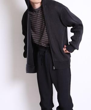 Pleats zip up hoodie -black<LSD-BA3T5>