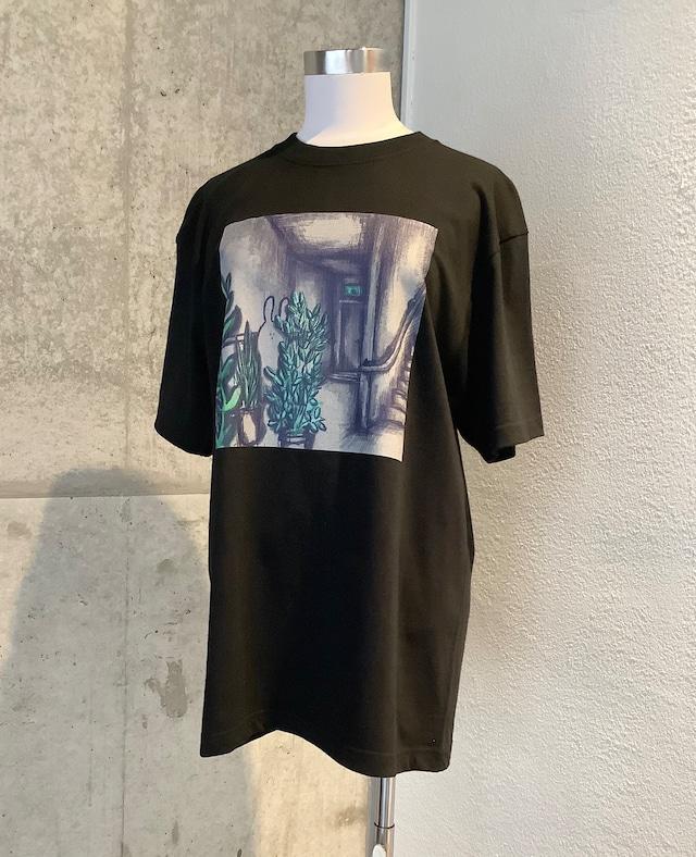 usagi Tシャツ「階段下の植物園」