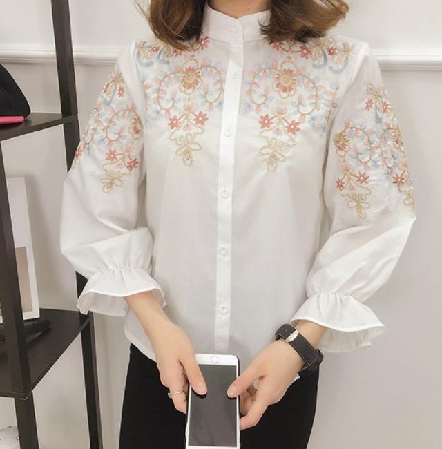 【トップス】シャツ ブラウス フレア袖 刺繍ブラウス トップス パフスリーブシャツ シンプル エレガント 刺繍 花柄シャツ 着痩せブラウス