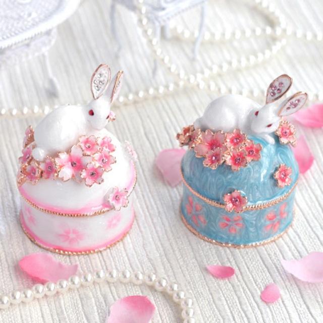 小さな宝石箱 ジュエリーボックス ウサギと桜B