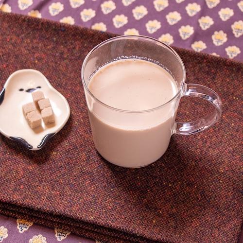 【店舗販売】地元産の香ばしいほうじ茶ラテ