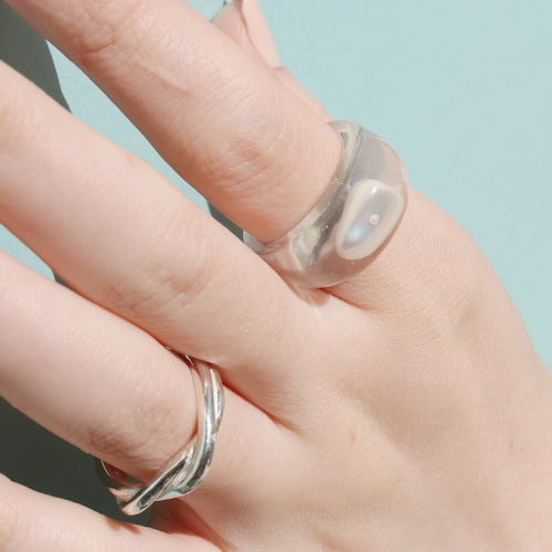RING    【通常商品】 ROUND SHAPED CLEAR RING (MOTHER OF PEARL)    1 RING    CLEAR    FBA039