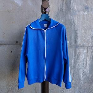 青いトラックジャケット-2