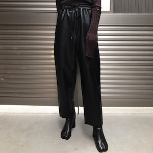 【WOMENS - 1 size】LEATHER WIDE PANTS / Black