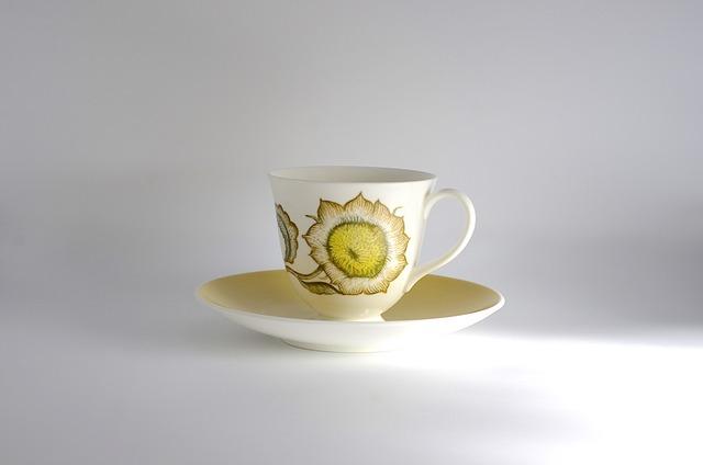 イギリス ヴィンテージ スージー・クーパーカップ&ソーサー(WEDGEWOOD)1962-74年 #CS002-01
