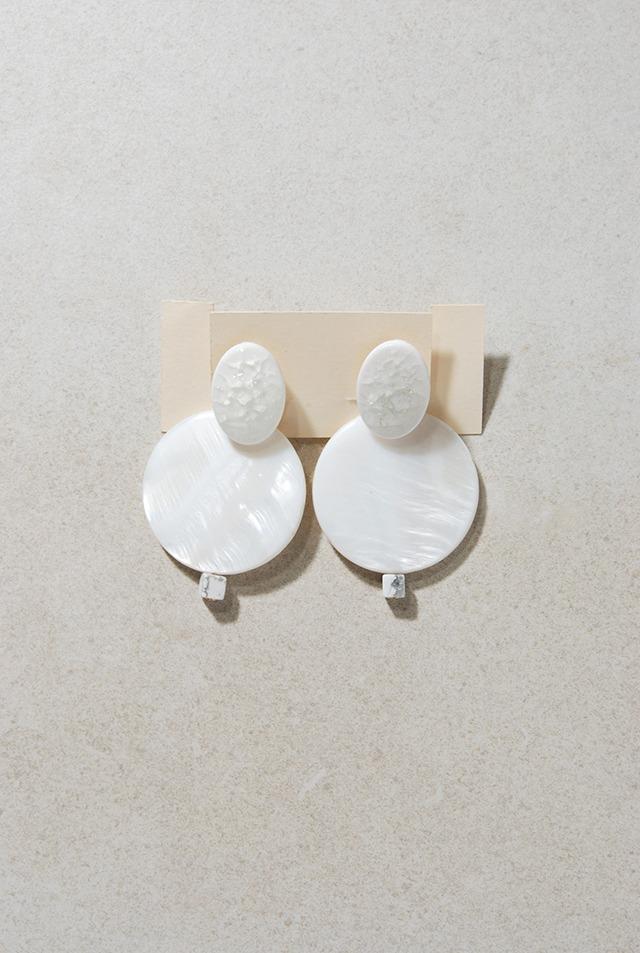 ピアス: [2WAY]陶磁器 &シェル&大理石 「バニラアイスラプソディ」