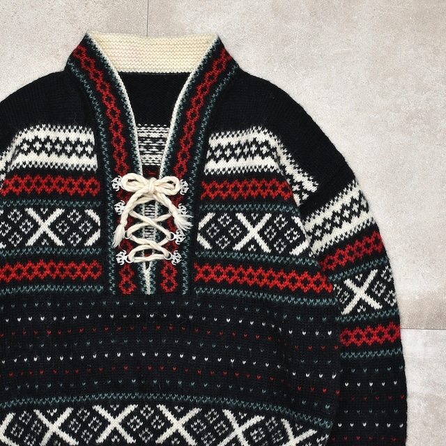 Vtg Nordic lace up pullover knit/sweater
